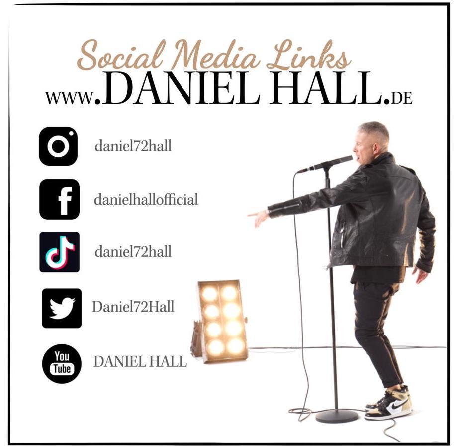 Daniel-Hall-Social Links-Singer
